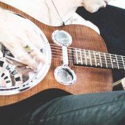 pol-guitariste-chanteur-2137-fabiennecarreira